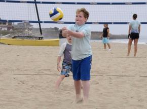 Beach volleyball in Santa Cruz